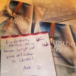 Die Leseproben sind da! Was für eine tolle Art Neujahrsgrüße zu versenden! :)